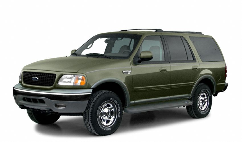 2001 Ford Expedition XLT Look at this 2001 Ford Expedition XLT It has a Automatic transmission an