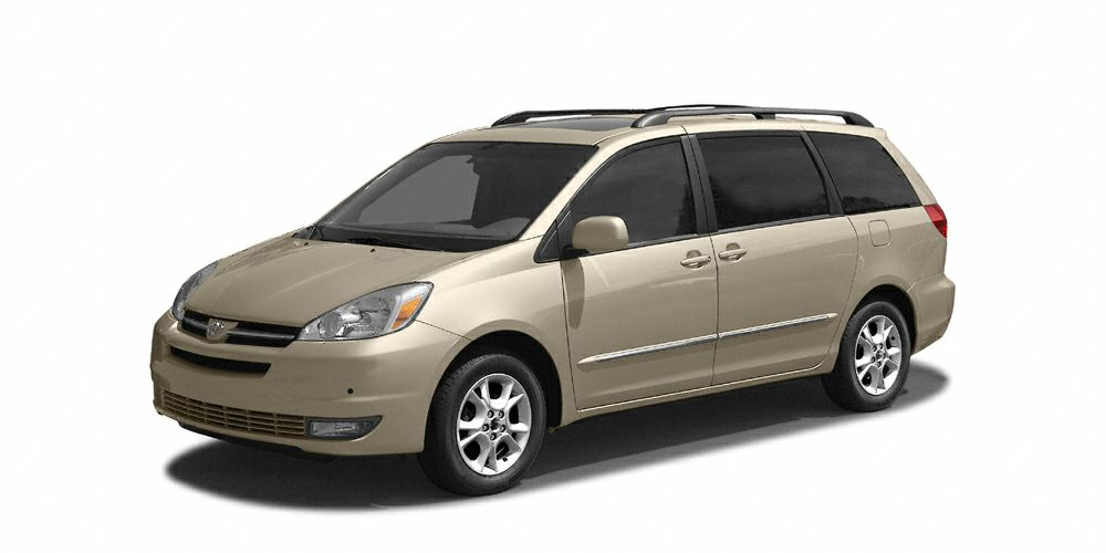 2004 Toyota Sienna LE This 2004 Toyota Sienna LE will sell fast -3rd Row Seating Based on the exce
