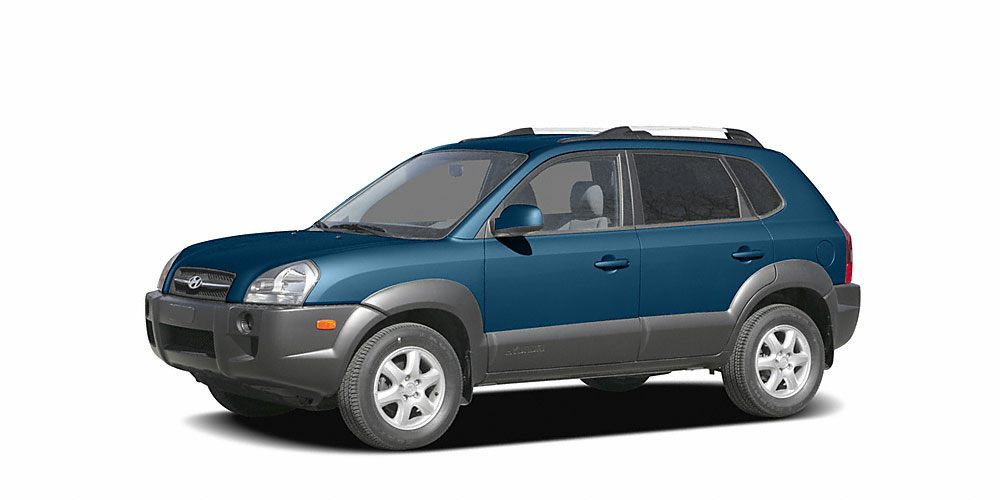 2005 Hyundai Tucson GLS 5 DAY 300 MILE EXCHANGERETURN POLICY  VALUE PRICED FOR SAVINGSJust a