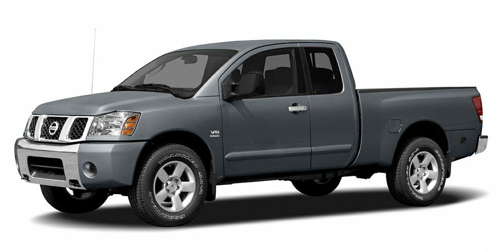 2006 Nissan Titan SE 56L V8 SMPI DOHC FFV Clean CARFAX Odometer is 56259 miles below market aver