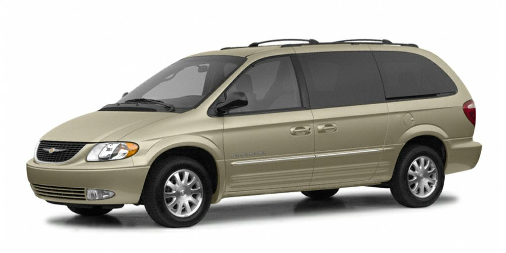 2002 Chrysler Town  Country LX Miles 177000Color Vanilla Stock FF735128 VIN 2C4GP44382R7351