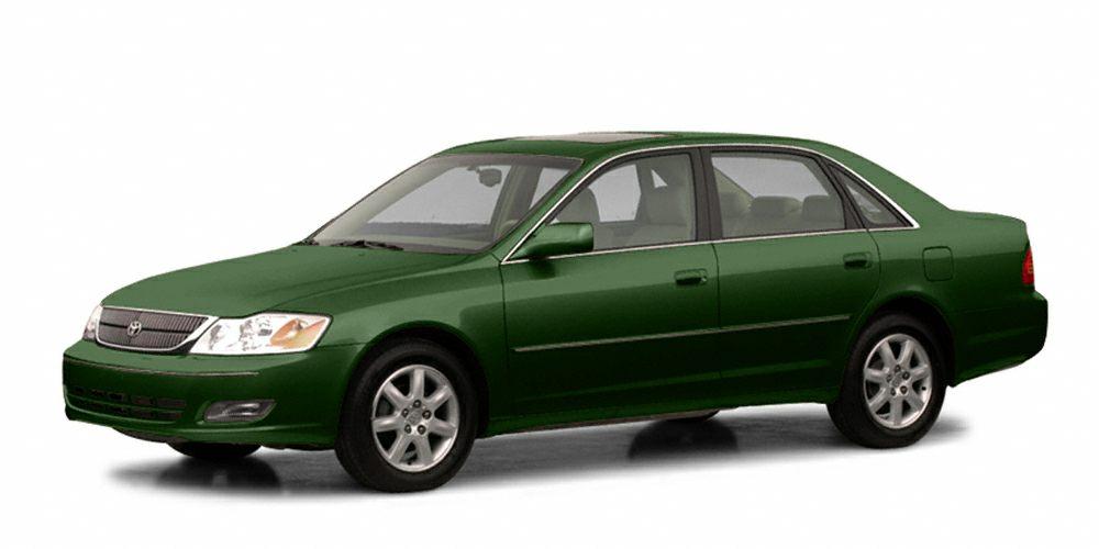 2002 Toyota Avalon XLS FUEL EFFICIENT 29 MPG Hwy21 MPG City CARFAX 1-Owner XLS trim Heated Lea