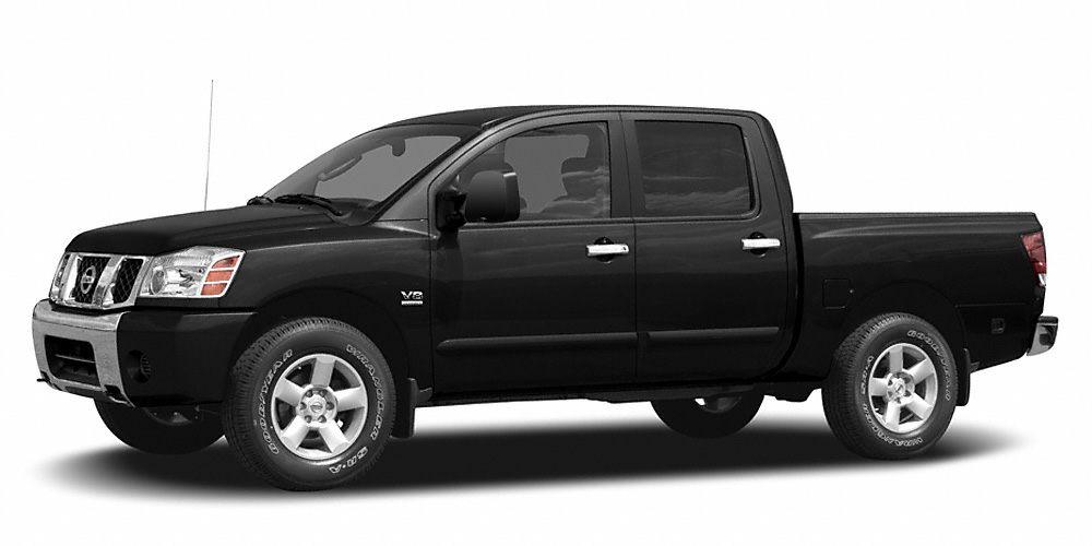 2007 Nissan Titan XE CARFAX 1-Owner XE trim CD Player Flex Fuel 4x4 KEY FEATURES INCLUD