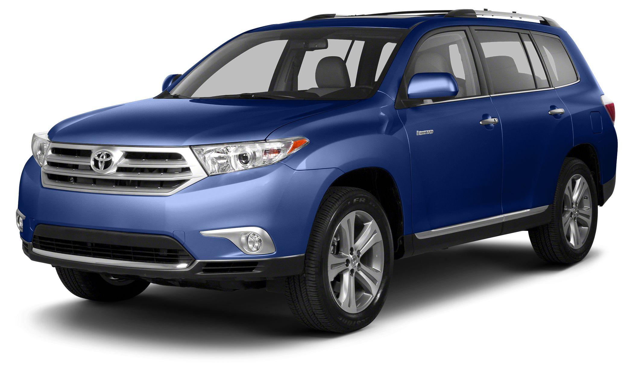 2013 Toyota Highlander SE CARFAX 1-Owner SE trim PRICED TO MOVE 1000 below Kelley Blue Book T