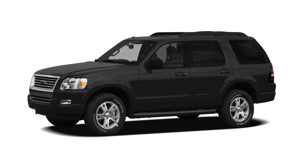 2010 Ford Explorer XLT 5 Star Driver Front Crash Rating 12000 Mile Warranty XLT trim iPodMP3