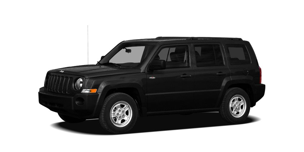 2009 Jeep Patriot Sport This 2009 Jeep Patriot 4dr FWD 4dr Sport features a 24L I4 DOHC 16V 4cyl