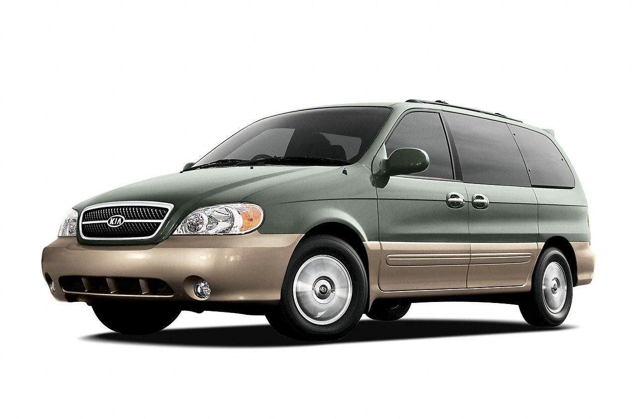 2005 Kia Sedona LX Snatch a steal on this 2005 Kia Sedona LX before its too late Comfortable yet