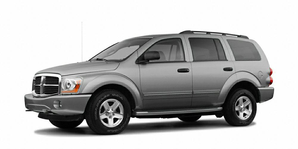 2005 Dodge Durango SLT HEMI Magnum 57L V8 SMPI and 4WD Loads of legroom and headroom So few mil