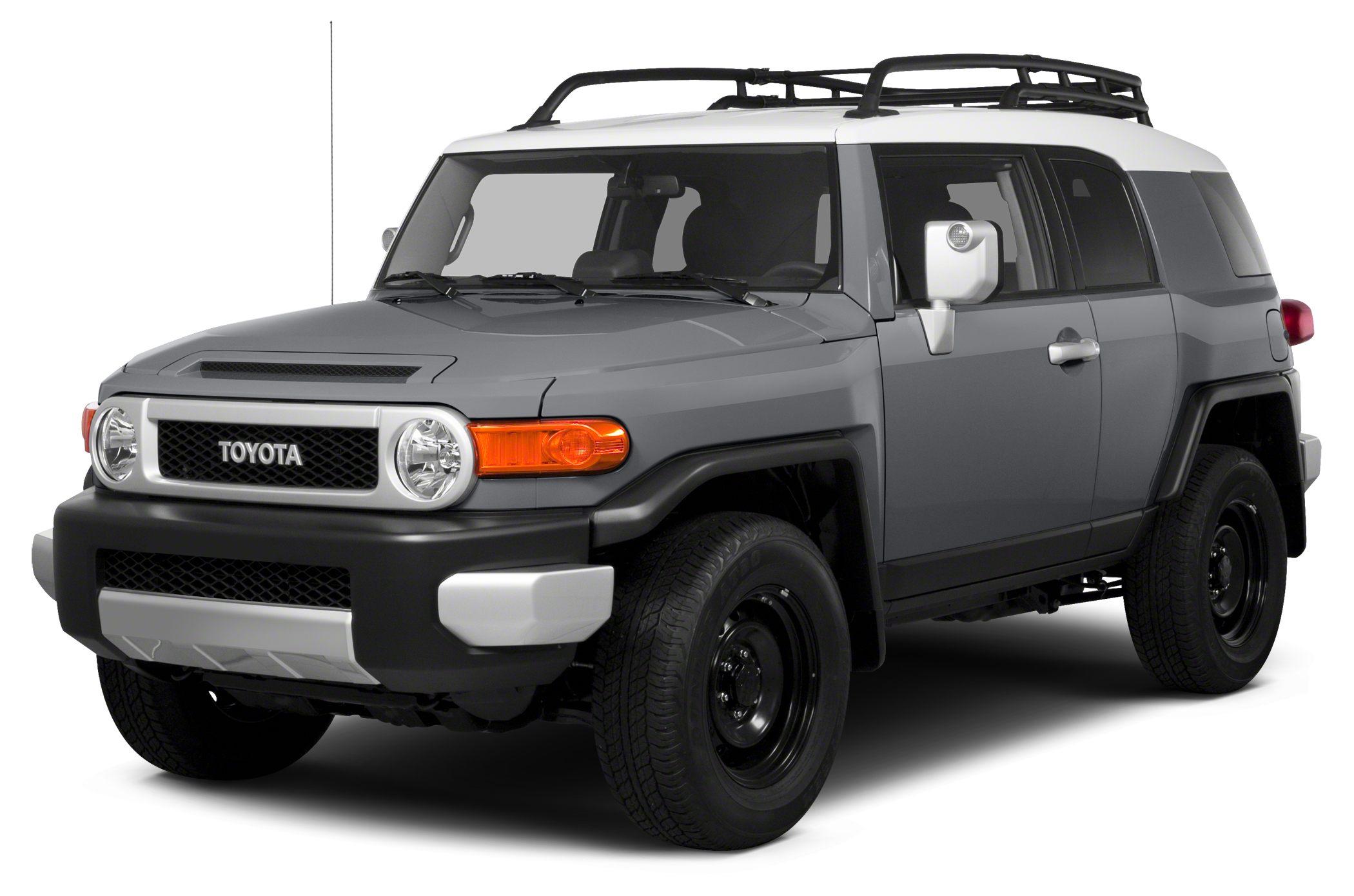 2014 Toyota FJ Cruiser Base Miles 2Color Gray Stock T25068 VIN JTEBU4BF7EK202900