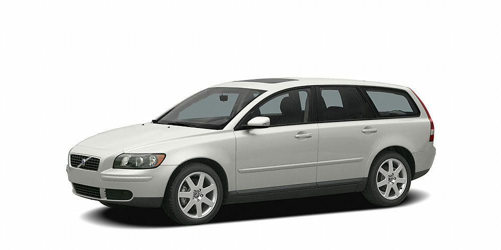 2005 Volvo V50 24i Bonham Chrysler has a wide selection of exceptional pre-owned vehicles to choo