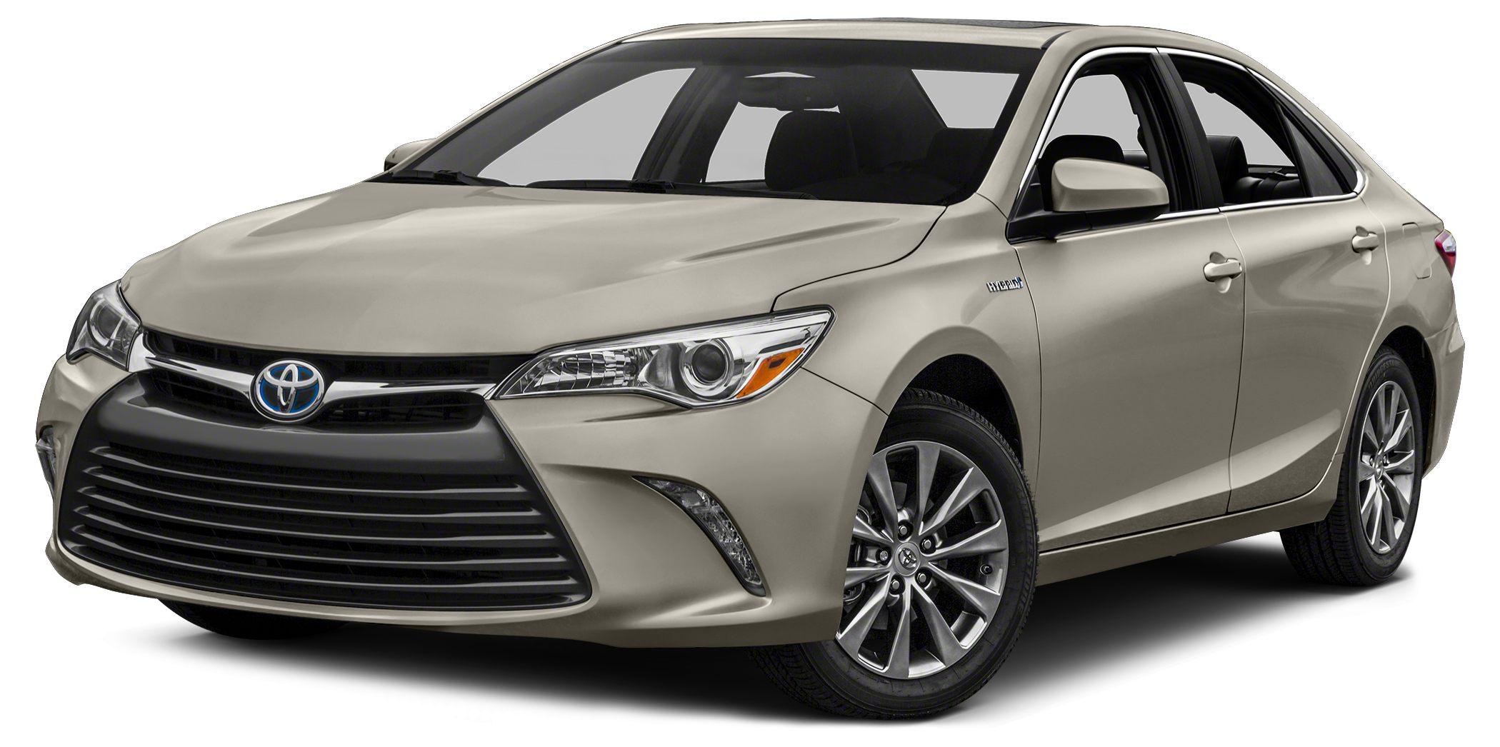 2017 Toyota Camry Hybrid XLE Heated Leather Seats Keyless Start Dual Zone AC Hybrid Alloy Whe