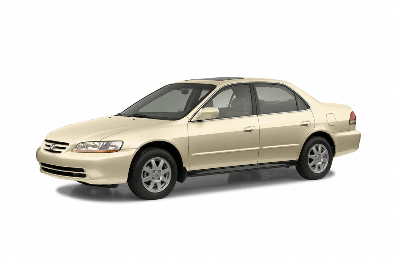 2002 Honda Accord 23 EX Snag a bargain on this 2002 Honda Accord Sdn EX while we have it Spaciou
