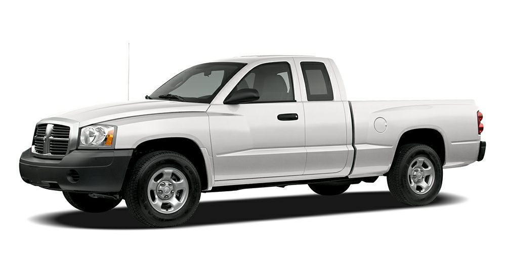 2006 Dodge Dakota ST Take command of the road in the 2006 Dodge Dakota It comes equipped with all