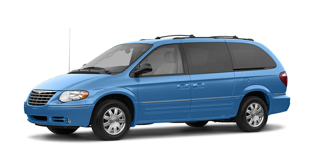 2007 Chrysler Town  Country LX 7 PASSENGER FRESH TRADE  5 DAY 300 MILE EXCHANGERETURN POLICY