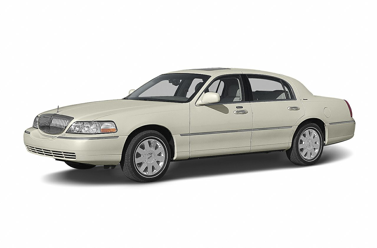 2004 Lincoln Town Car Ultimate CLEAN CARFAX ONE OWNER LEATHER POWER SEATS and