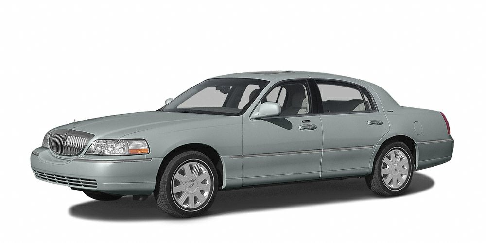 2004 LINCOLN TOWN CAR EXECSIGN