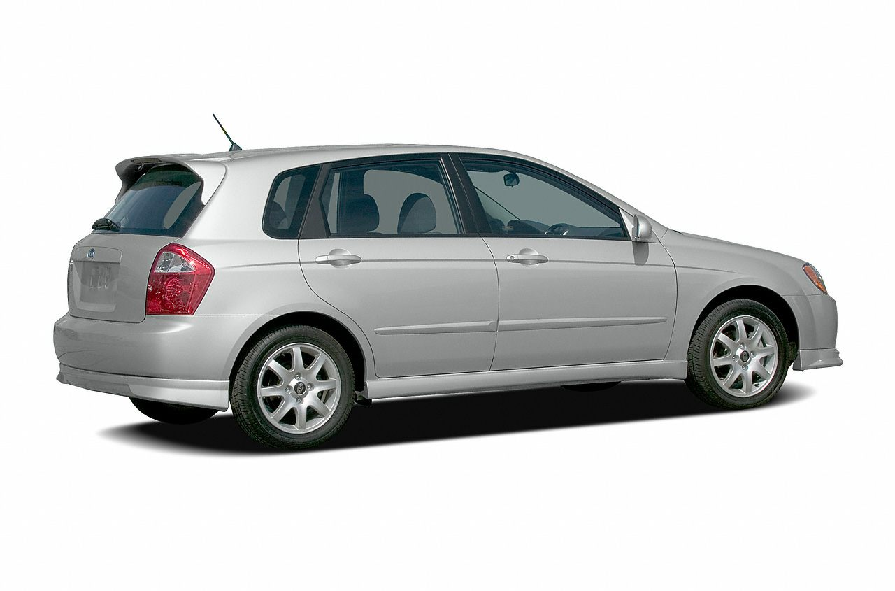 2005 Kia Spectra5 Base New Price Clean CARFAX 2005 Kia Spectra5 FWD 4-Speed Automatic with Overd