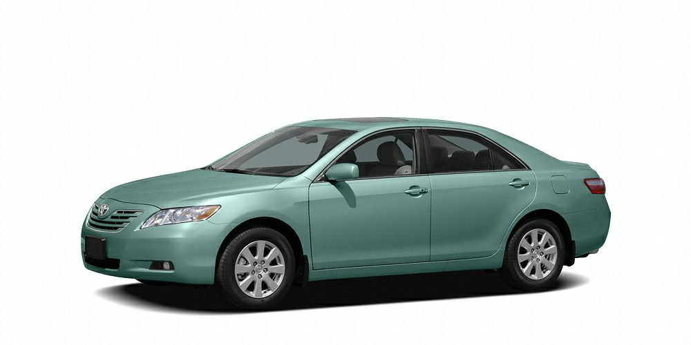 2007 Toyota Camry LE CARFAX 1-Owner ALOE GREEN METALLIC exterior and BISQUE interior 400 below