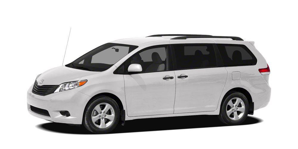 2012 Toyota Sienna LE 8 Passenger 1000 below Kelley Blue Book EPA 24 MPG Hwy18 MPG City CARF