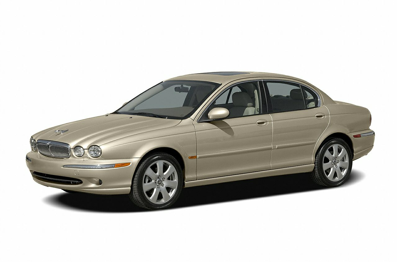 2005 Jaguar X-TYPE 30 Tired of the same dull drive Well change up things with this trustworthy X-