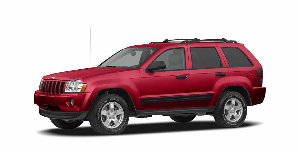 2005 Jeep Grand Cherokee Laredo This Jeep is extra clean and the SUV you are looking for Leather