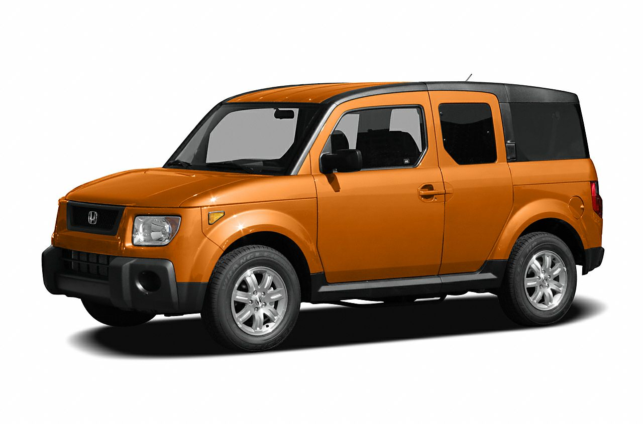 2006 Honda Element LX Grab a steal on this 2006 Honda Element LX before its too late Roomy yet e