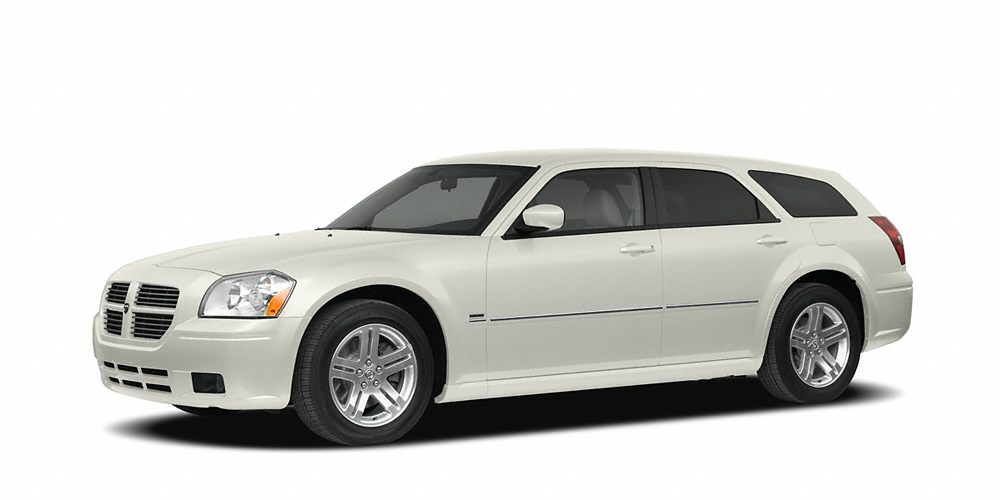 2006 Dodge Magnum RT Miles 156521Color Stone White Clearcoat Stock R15522A VIN 2D8GV57256H2
