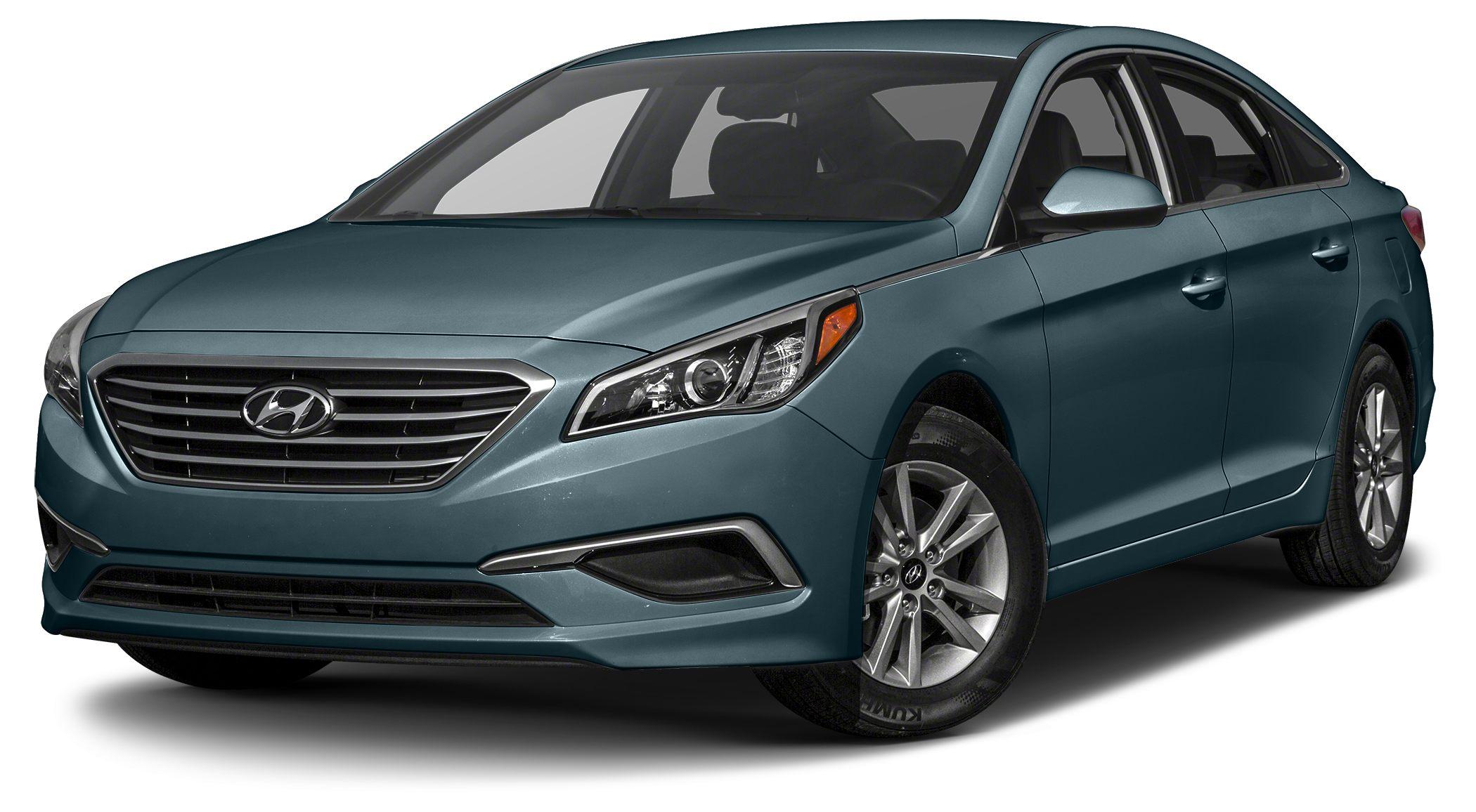 2015 Hyundai Sonata SE Miles 29495Color Nouveau Blue Stock NP9431 VIN 5NPE24AF8FH062591