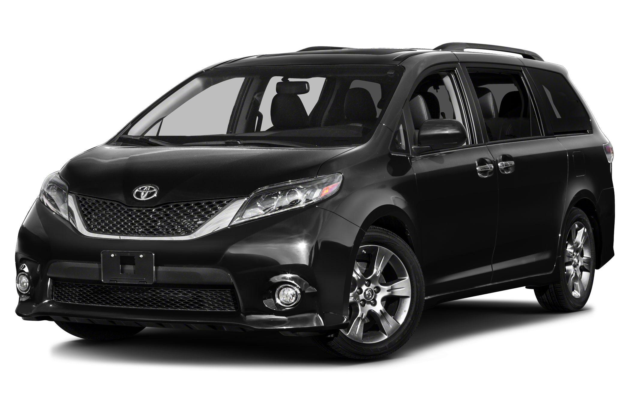 2017 Toyota Sienna SE 8 Passenger Third Row Seat Heated Leather Seats CD Player Bluetooth Rear