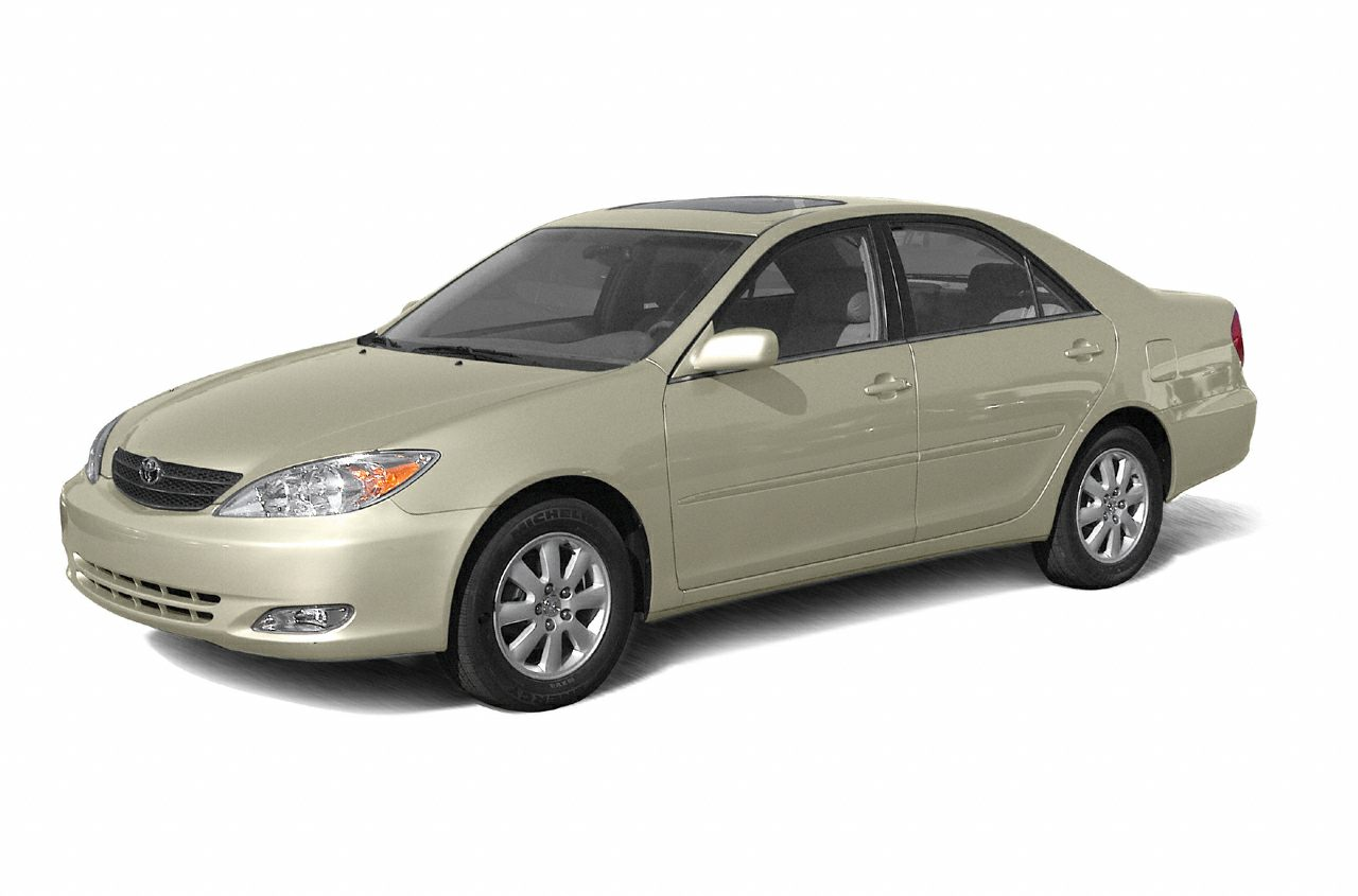 2003 Toyota Camry LE CARFAX 1-Owner LE trim FUEL EFFICIENT 32 MPG Hwy23 MPG City CD Player 5
