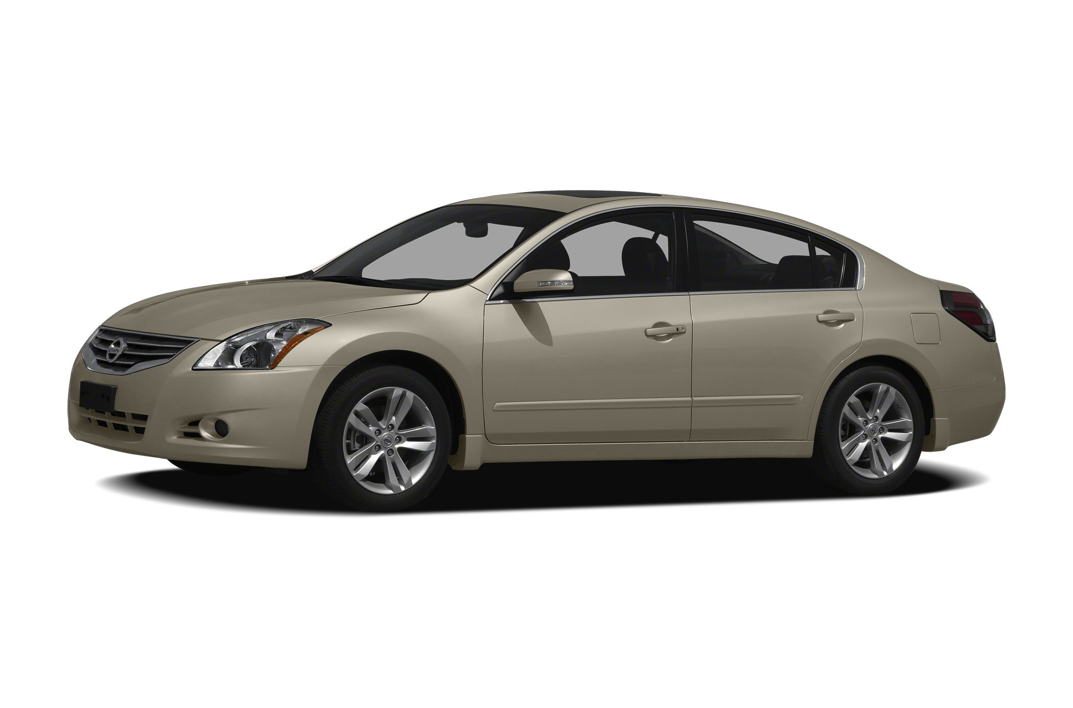 2010 Nissan Altima  CVT with Xtronic Call ASAP Best color If you want an amazing deal on an ama