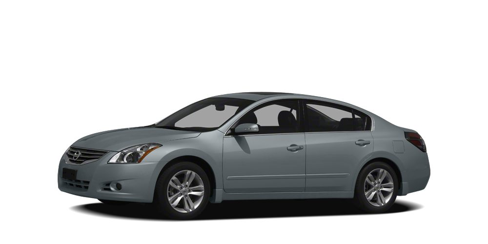 2010 Nissan Altima 25 S PRICED TO MOVE 400 below Kelley Blue Book EPA 32 MPG Hwy23 MPG City