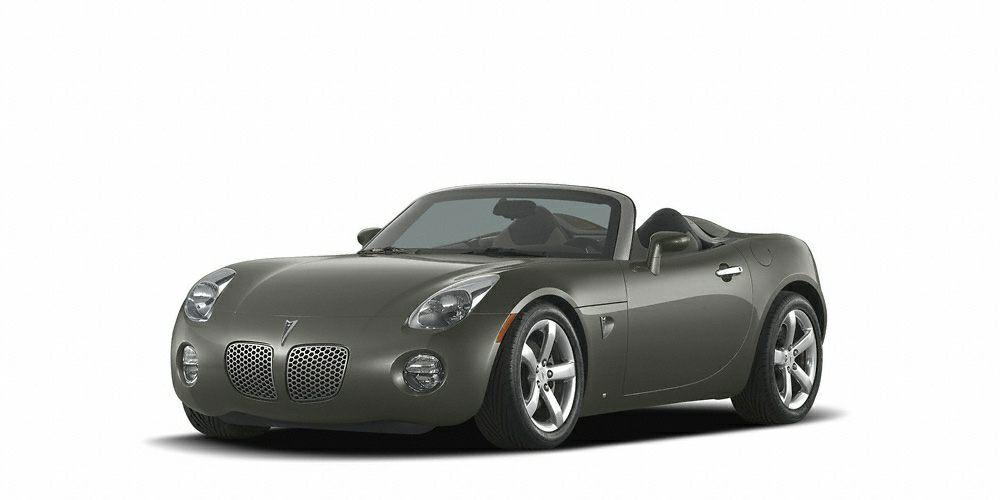2006 Pontiac Solstice Base Priced below market Internet Special -Low Miles- Soft Top Convertible