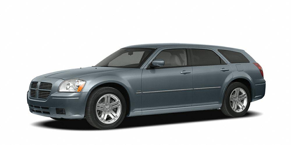 2007 Dodge Magnum Base Spoiler and CD Player Magnum SXT 4D Station Wagon 35L V6 MP