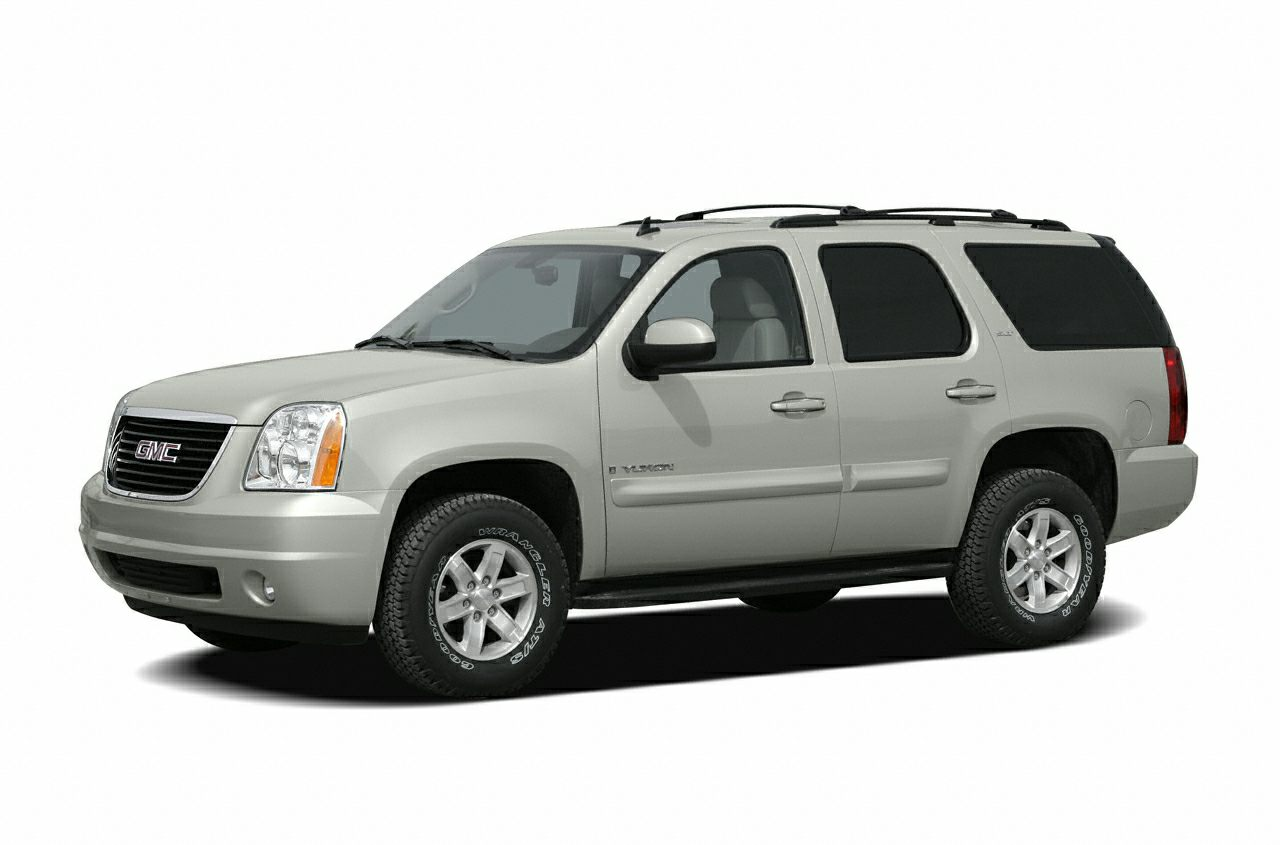 2007 GMC Yukon  4WD Flex Fuel What a price for an 07 GMC has outdone itself with this good-look