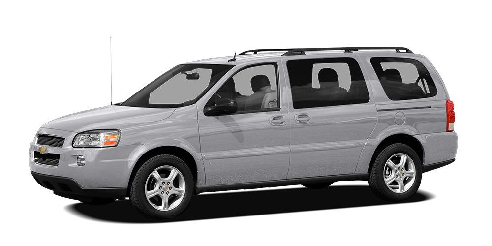2007 Chevrolet Uplander LT w2LT MP3 Player CHILD LOCKS 3RD ROW SEAT KEYLESS ENTRY 25 MPG High