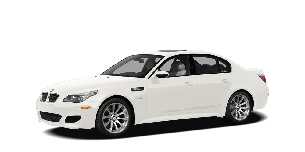 2008 BMW M5 Base Stick shift Navigation Dont pay too much for the outstanding-looking car you w