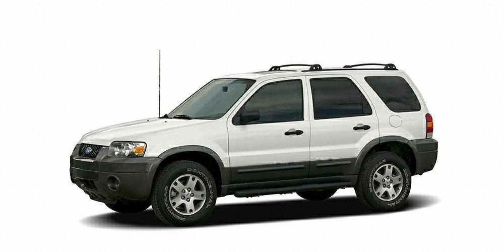 2006 Ford Escape XLT 500 below Kelley Blue Book CARFAX 1-Owner GREAT MILES 57556 Moonroof AU