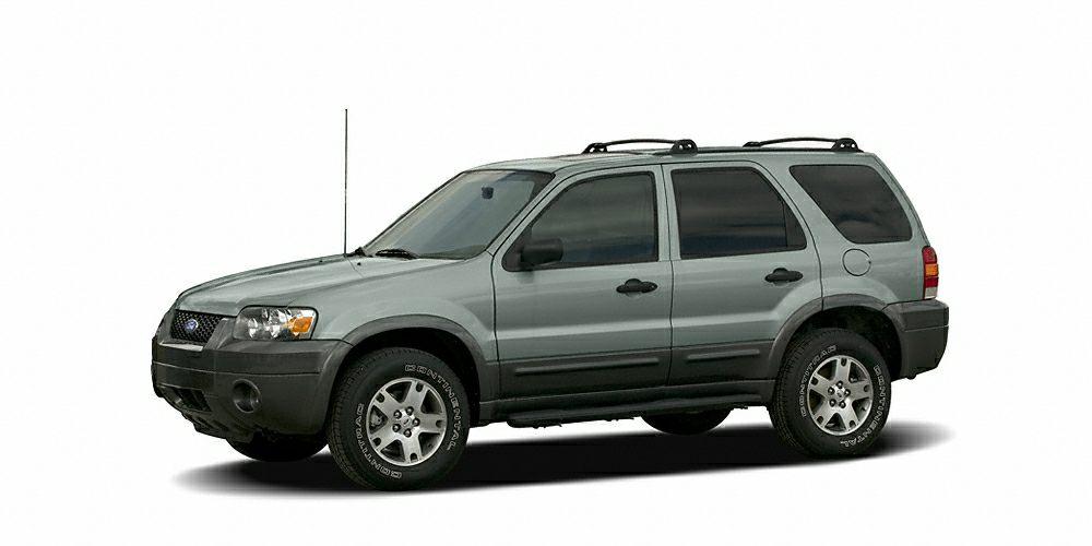 2006 Ford Escape XLT XLT trim FUEL EFFICIENT 24 MPG Hwy20 MPG City ONLY 67404 Miles 12000 Mi