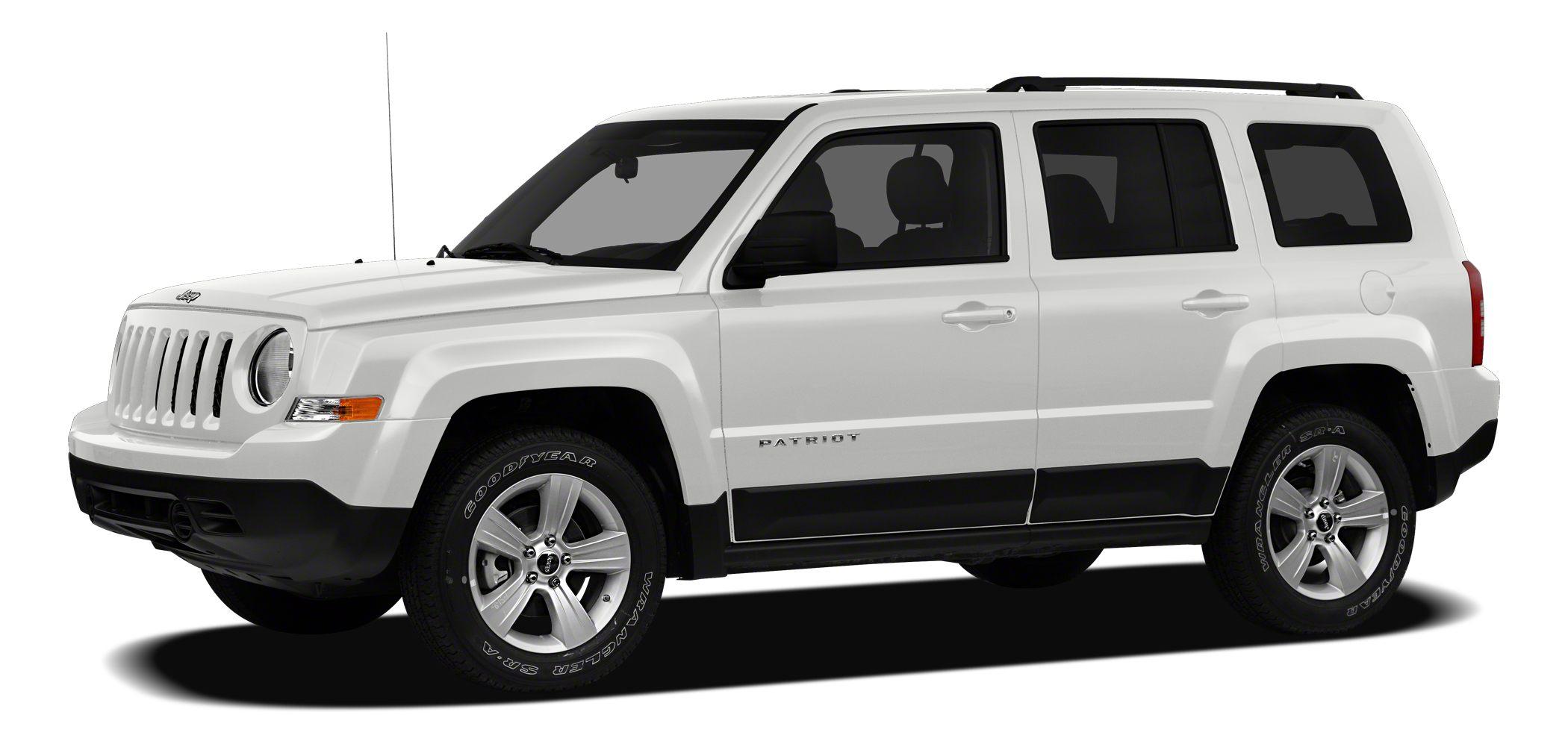 2012 Jeep Patriot Latitude Clean Carfax - One Owner - 4WD - Alloy Wheels - Heated Seats - Illumina