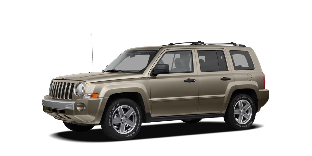 2008 Jeep Patriot Sport 4D Sport Utility 24L 4-Cylinder DOHC 16V Dual VVT and Tan STOP Read t