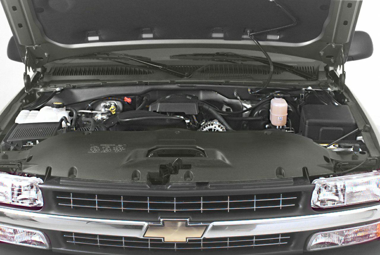 2000 Chevrolet Silverado 1500  Miles 177450Color White Stock SB18007B VIN 2GCEC19TXY1403760