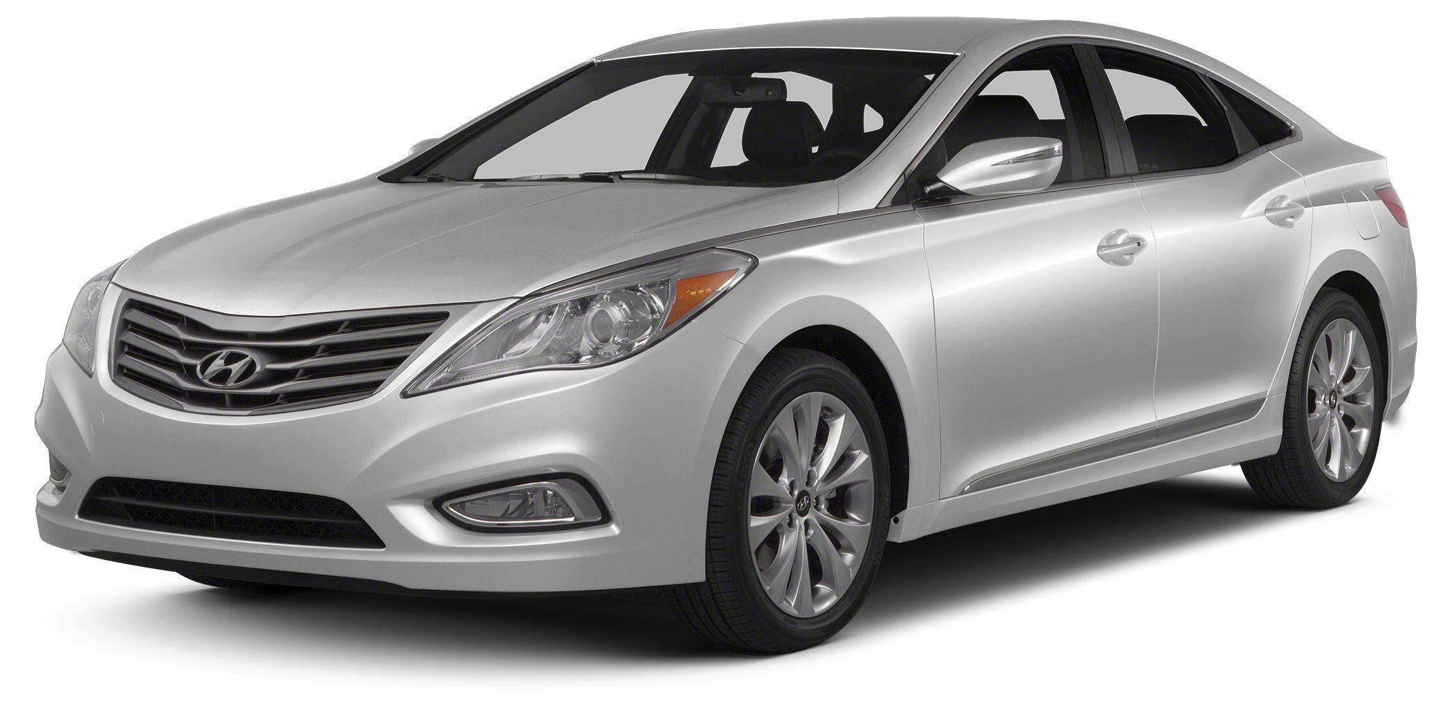 2012 Hyundai Azera Base Hyundais best kept secret WITH ONLY 16k MILES and Hyundai Certified thi