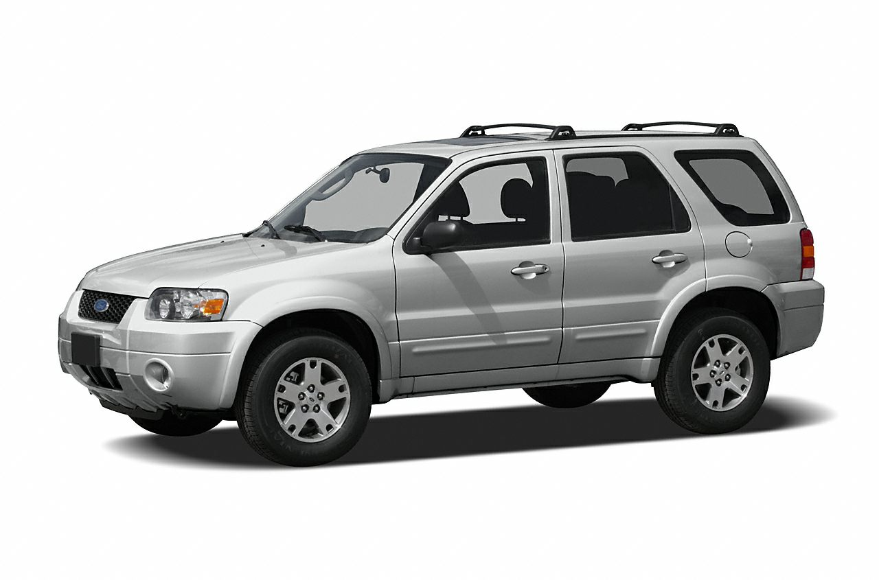 2007 Ford Escape XLS Snag a deal on this 2007 Ford Escape XLS while we have it Roomy but easy-mov